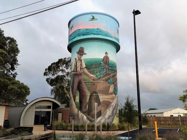 Werribee painted Water Tower by Hayden Dewar