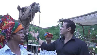 Leaked Salman Khan and Sonakshi Sinhas pictures from Dabangg 3
