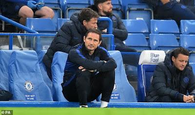 Bị M.U phả hơi nóng vào gáy, HLV Lampard nói gì? 1
