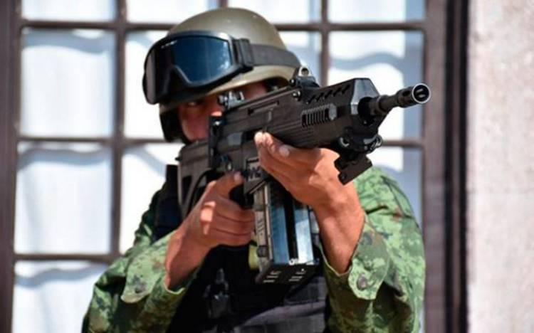 Vídeo: Así es el fusil FX-05, la 'Serpiente de Fuego' del Ejército