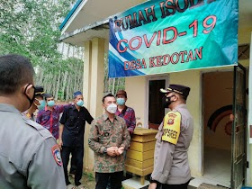Rumah Isolasi Covid 19 Desa Kedotan Ditinjau Kapolres Muaro Jambi
