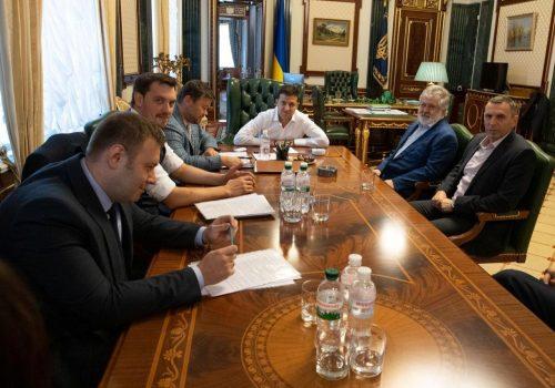 Зеленський відповів на ідею Коломойського розвернутися до Росії