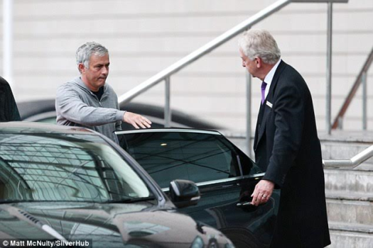 Just 3 months into the Man U job and Jose Mourinho already looks weary? (photos)