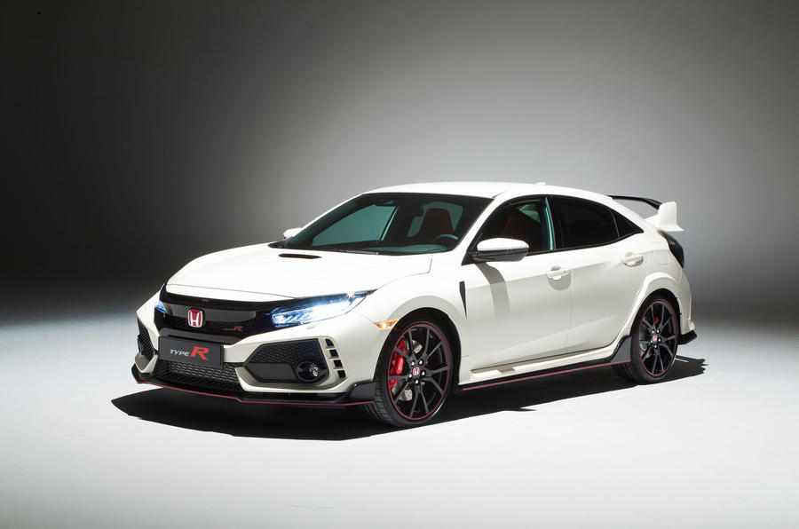 Honda Civic Typer Has A Luxurious Exterior That Can Be Seen On The Front Side Of The Lamp Looks With Menggunalan Led Technology Equipped Drl With Sport