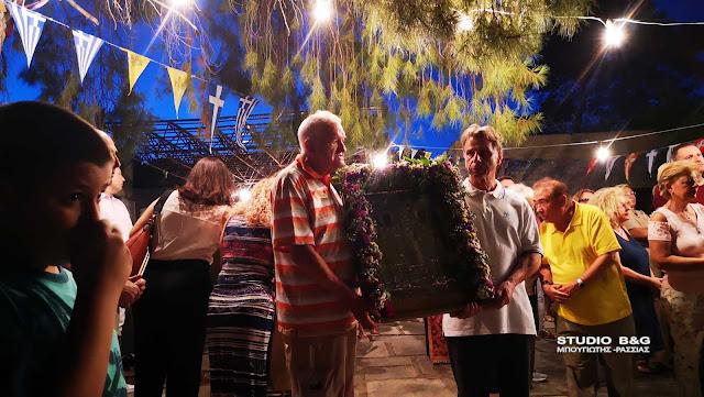 Ναύπλιο: Γιορτάζει το εκκλησάκι των Αγίων Αναργύρων στην Ακροναυπλία (βίντεο)