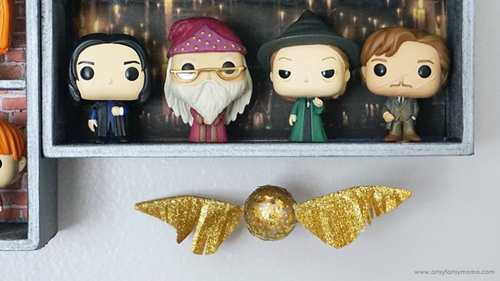 DIY Harry Potter Funko Pop Display with Snitch