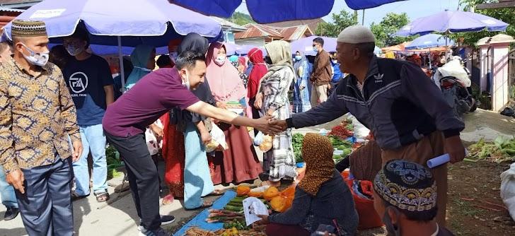 Fikar-Yos Blusukan dari Pasar Pagi Ulu Air Hingga Keliling Kampung Sandaran Galeh