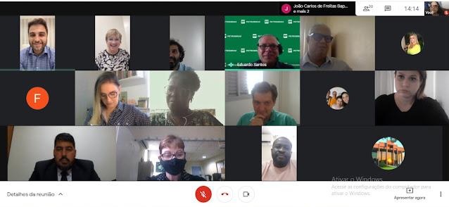Prefeito Wladimir participa de videoconferência