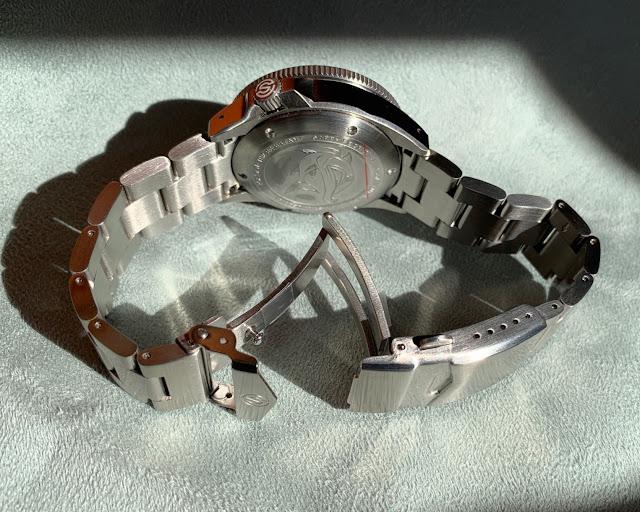 Signum Cuda bracelet