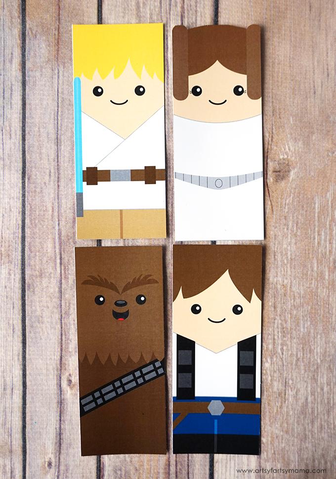 Print out these Free Printable Star Wars Bookmarks to save your spot in your favorite book!