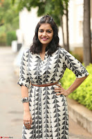 Swathi Reddy Looks super cute at London Babulu theatrical trailer launch ~  Exclusive 042.JPG