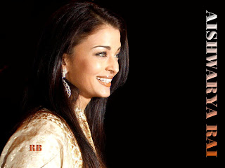 Aishwarya Rai Smile 3