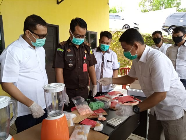 Reserse Narkoba Polda Lampung, musnahkan BB Sabu2 seberat 4.575,74 Gram dan 717 butir Pil Extacy