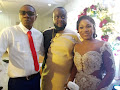 PHOTO NEWS: The Newly Wed Smile