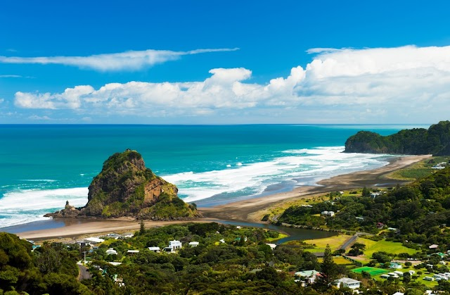 New Zealand - the beautiful spring coordinate make tourist believers forget the way back