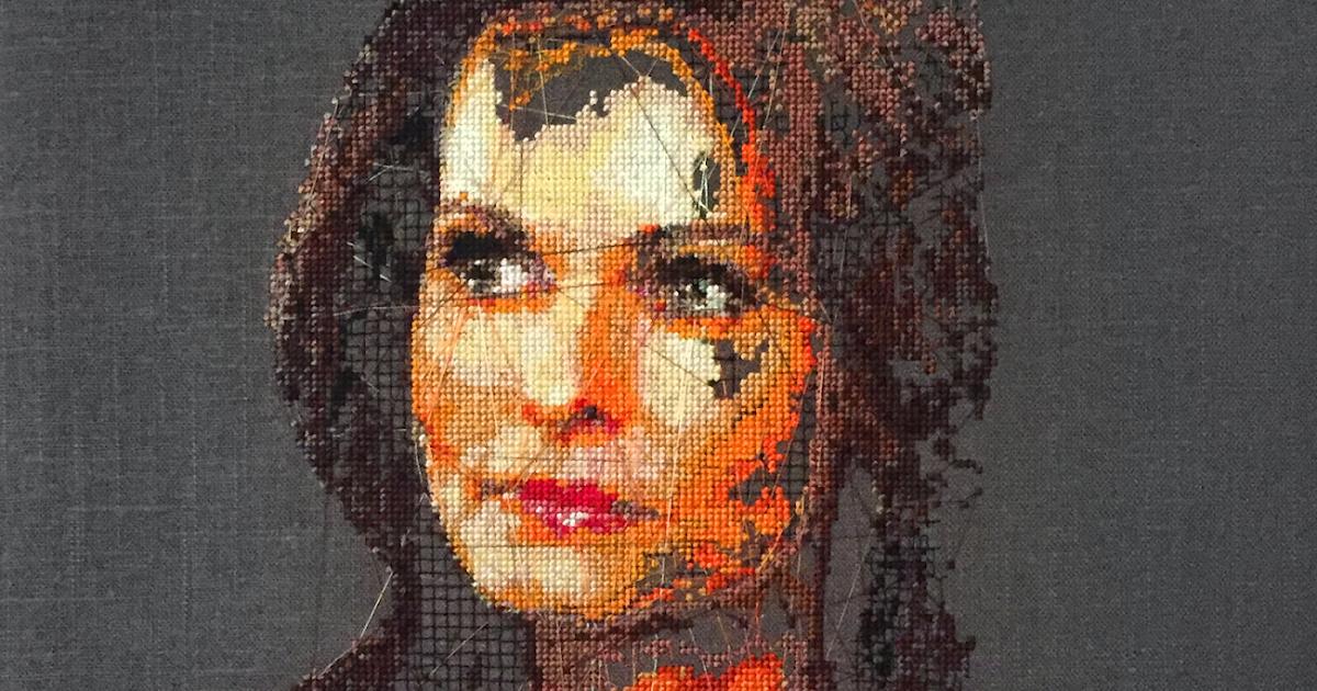 ALICIA ROSS