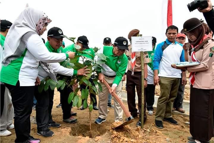 Gubernur Jambi Apresiasikan Dan Motivasi Rimbawan Lestarikan Hutan