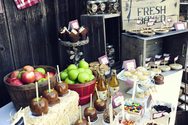 Fiesta de acción de gracias con manzanas y caramelo by Habitan2 | Conoce la típica fiesta de Estados Unidos, acción de gracias | Mesa dulce para acción de gracias