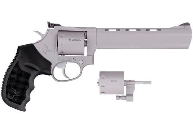 Lançamento: Revólver Tracker 992 com DOIS calibres em uma única arma!