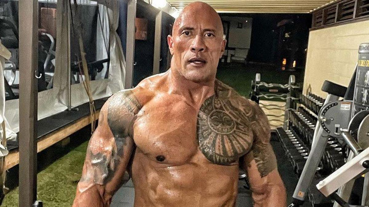 The Rock pode ter sido uma das razões para a WWE não tirar Jimmy Uso da televisão