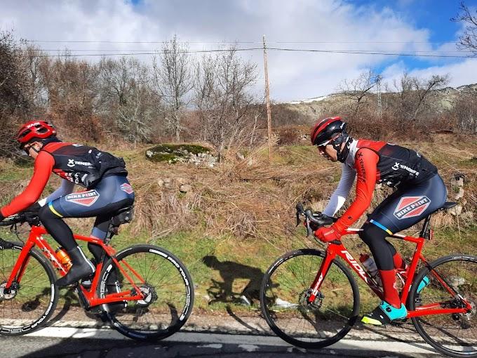 El Tenerife BikePoint Pizzería Española sigue apostando por los ciclistas canarios