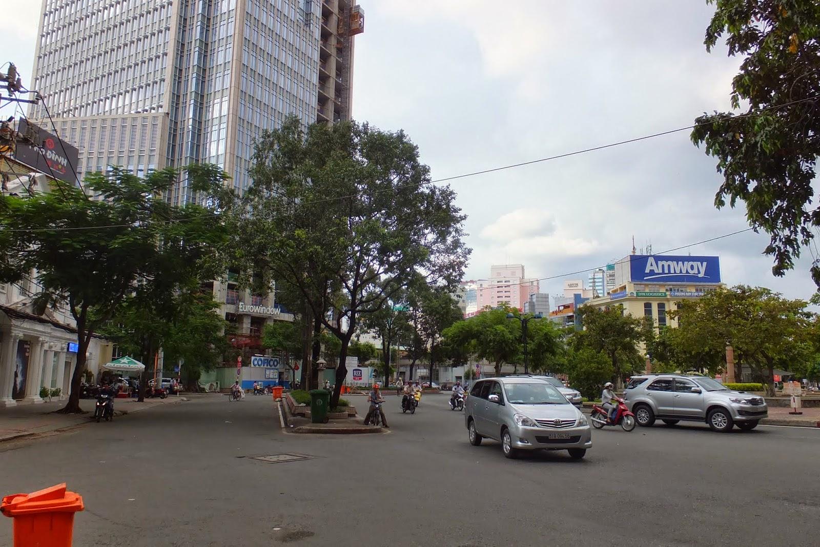 road-hcmc