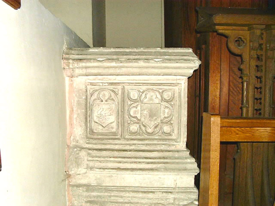 Photograph of The tomb of Elizabeth Frowick, later Coningsby in the St Catherine's Chapel, St Mary's Church, North Mymms Image by David Brewer released under Creative Commons BY-NC-SA 4.0