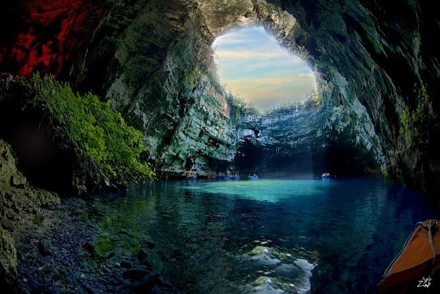 Αποτέλεσμα εικόνας για Το σπήλαιο στη Μελισσάνη της Κεφαλονιάς