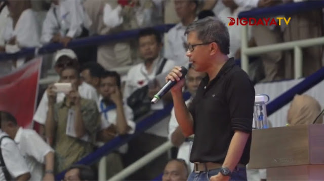 Rocky Gerung: Kesederhanaan Jokowi Cocok Sebagai Kepala Keluarga, Bukan Kepala Negara