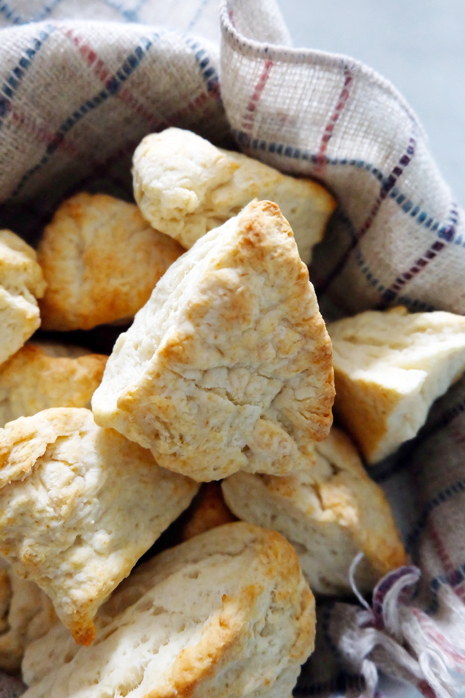 biscuits in a serving bowl