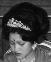 diamond tiara queen ratna aishwarya nepal fred rajya lakshmi devi shah