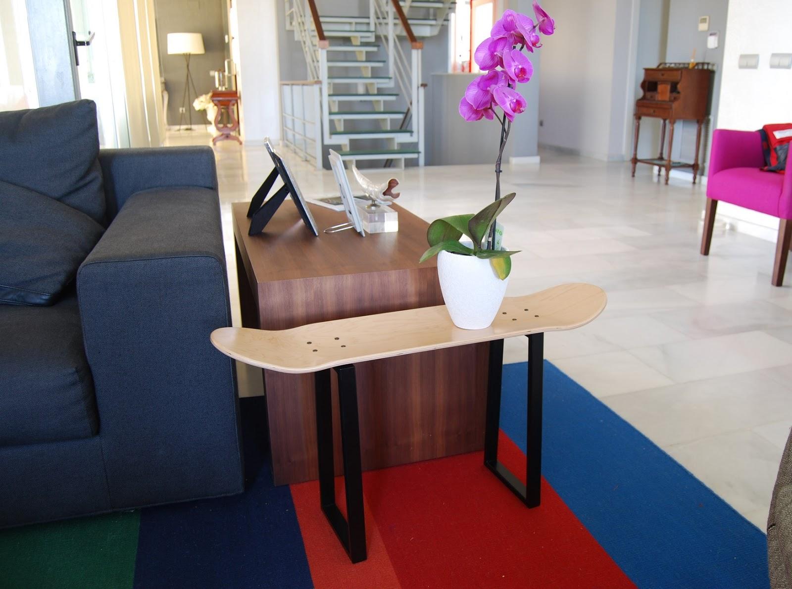 skate home deutschland stuhl skateboard ein gro es geschenk f r liebhaber skateboard. Black Bedroom Furniture Sets. Home Design Ideas