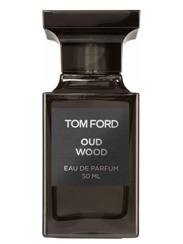 عطر العود من توم فورد Oud Wood
