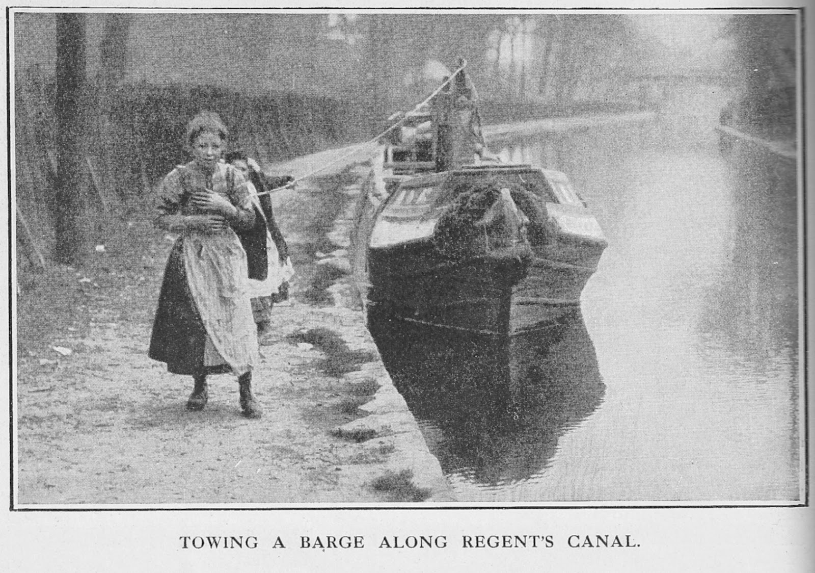 children%2Btowing%2Ba%2Bcanal%2Bboat - Regent's Canal 200th