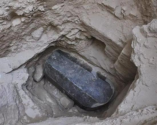 Maior sarcófago de Alexandria, no Egito, é encontrado por arqueólogos - Img 1