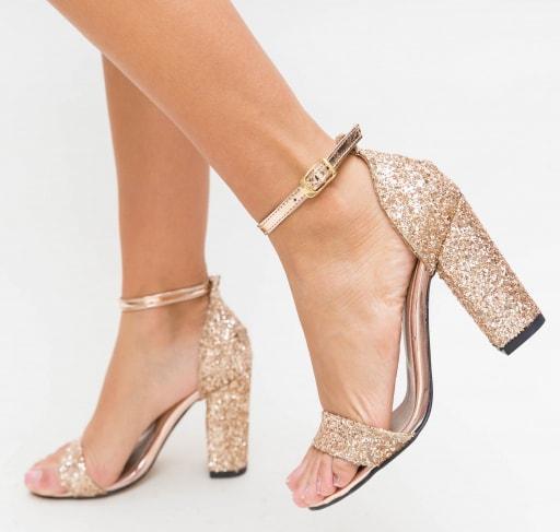 Sandale aurii cu tc gros cu glitter de ocazii