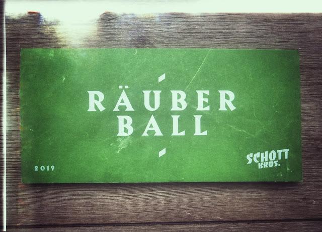 Speisen beim Räuberball Kulinarik Festival der Schott Bros. in Wallhausen an der Nahe.