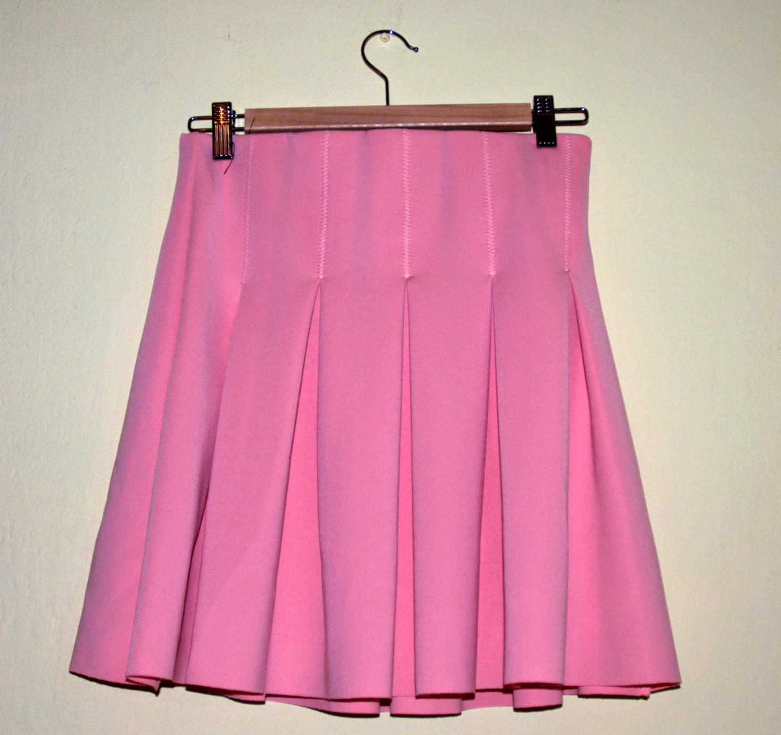 piankowa spódnica z Zary w różowym kolorze