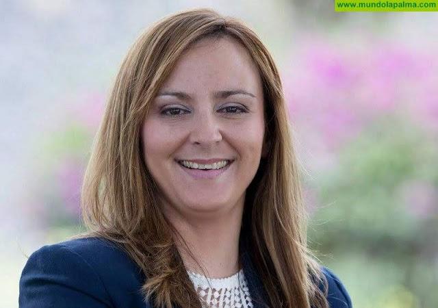 Nieves Lady Barretose compromete a iniciar un programa integral para las mujeres