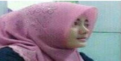 Ini Dia!! Profil dan Foto-foto Ibu Gurunya Amel