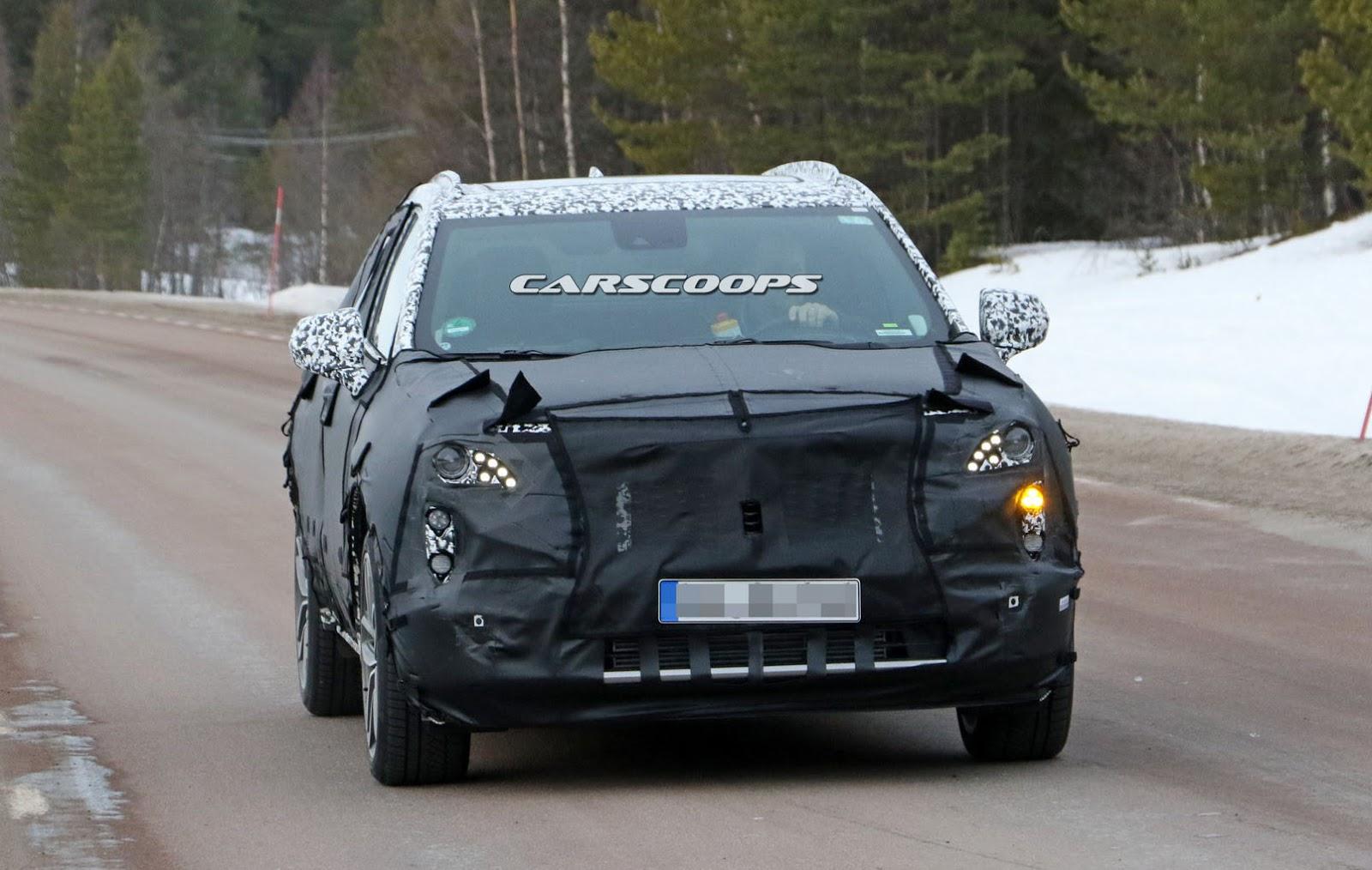 2019-Cadillac-XT3-1