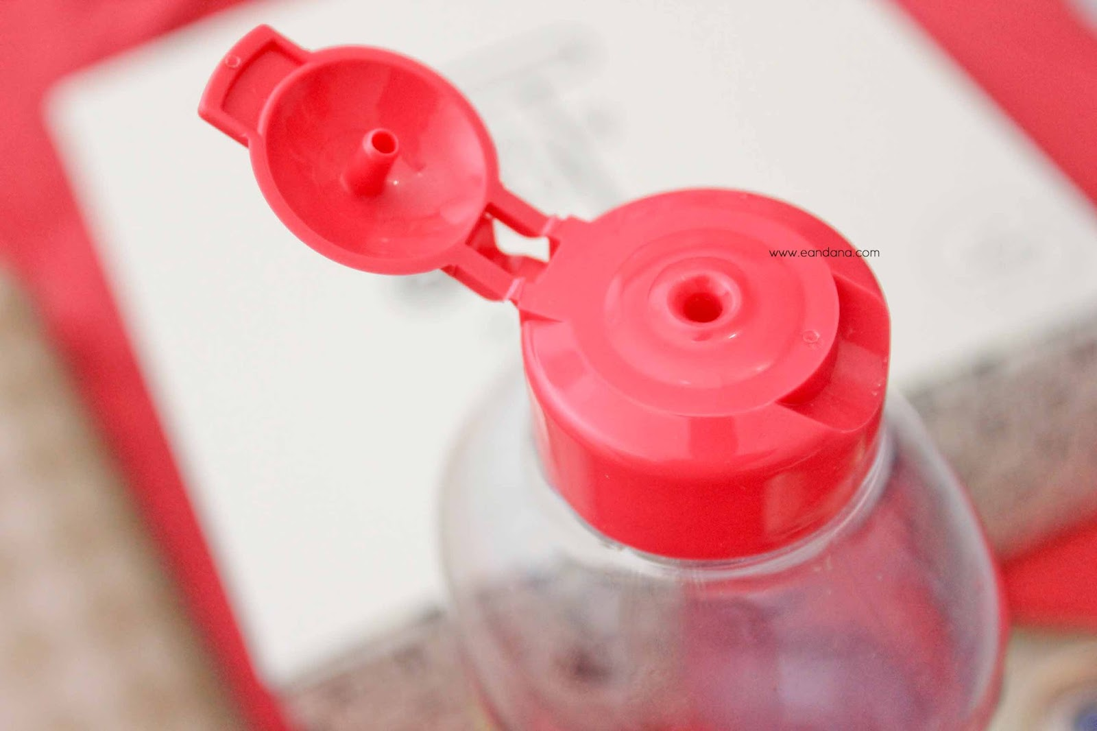 garnier micellar water lid