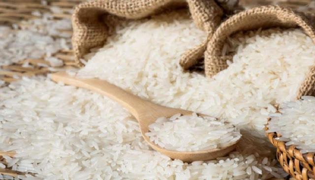 ρύζι στα ντουλάπια σας
