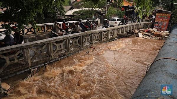 DKI & Sekitar Banjir, Apa Kabar Proyek Anti-Banjir Jokowi?