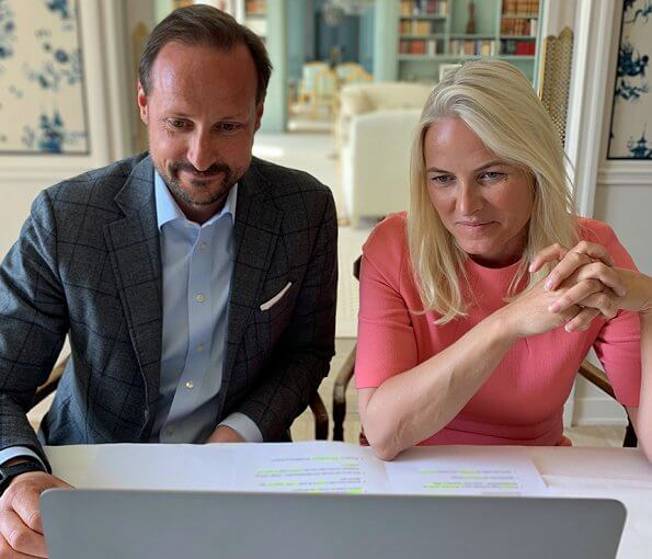 Crown Princess Mette-Marit held a video conference with the Norwegian Labour and Welfare Administration. pink dress