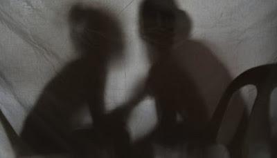 காதலனுடன் செல்ல அடம்பிடித்த திருமணமான பெண்: பொலிஸாருக்கு அதிர்ச்சி!