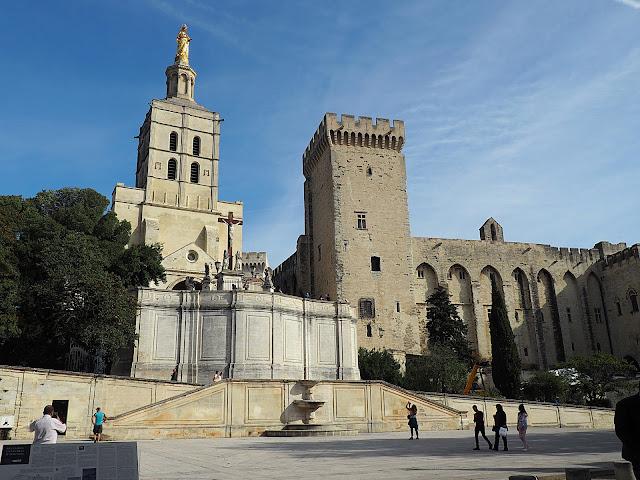Авиньон – Папский дворец (Avignon - Palais des Papes)
