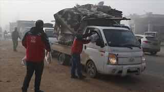 الإغاثة التركية تقدم مساعدات عاجلة لنازحين بإدلب السورية