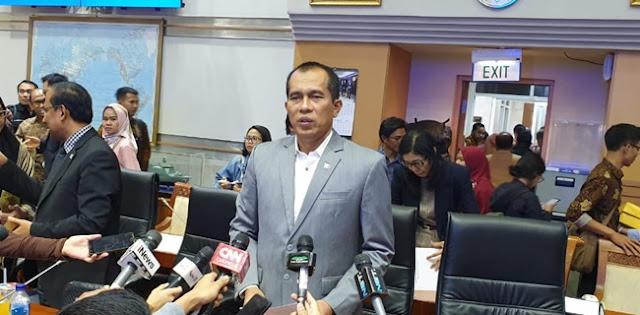 Lawatan Prabowo Ke AS Diterpa Isu Miring, Komisi I DPR: Jangan Ragukan Tentara