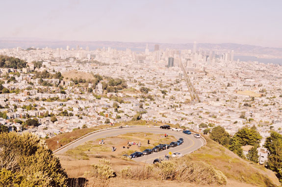 San Francisco Bucket List - Trek to the top of Twin Peaks for epic views of the city